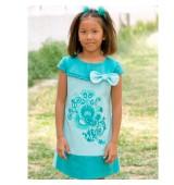 Vestido de niña en piqué bordado colección VERDE AGUA NEKENIA
